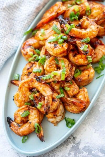 sriracha shrimp on a platter